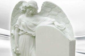 скульптура на могилу из мрамора